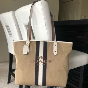 COACH Horse & Carriage Jac City Tote